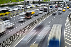 controlled-access-highway-istanbul-rush-hour-91667754